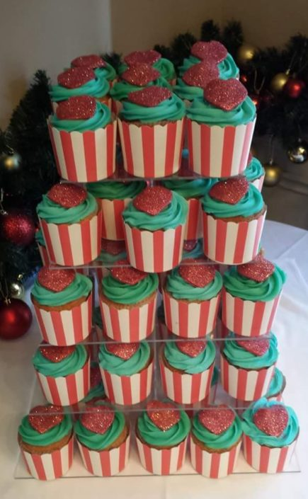 Bubblegum flavour wedding cupcake favours with red hearts - Quality Cake Company Tamworth
