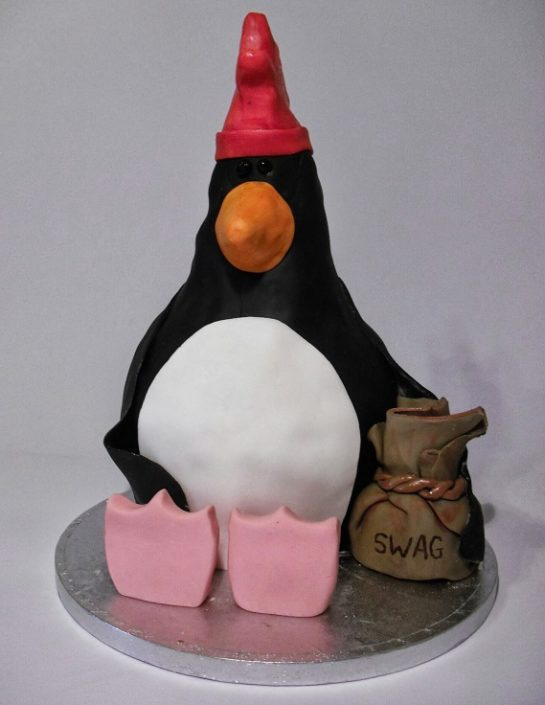 Feathers McGraw Wallace & Gromit cake