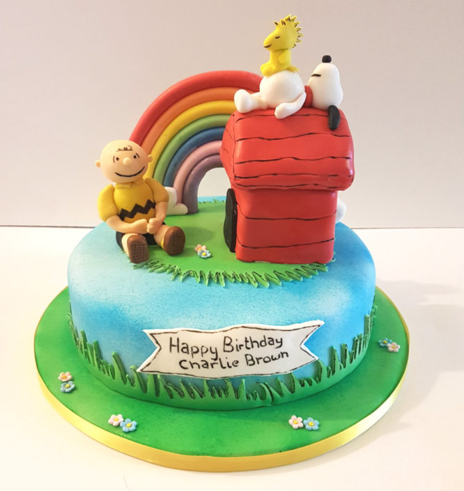Snoopy Charlie Brown children's birthday cake