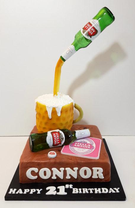 Pouring beer birthday cake - Tamworth