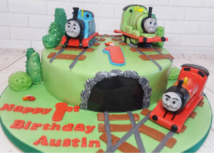 thomas the tank engine and friends cake - tamworth